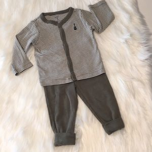 Carter's green/white knit jacket/pants outfit 9M